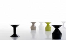 VICCARBE_ klub stolic SHAPE by Jorge Pensi