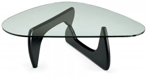 Klub stolić, dizajn Isamu Noguch | proizvođač ALIVAR